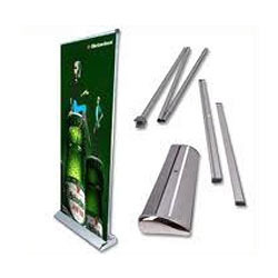 pull-up-banner-stands-250×250